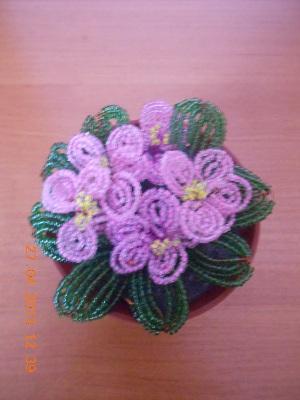 Схемы. Цветы. Фиалки. Бисеро-плетение. Инструкции