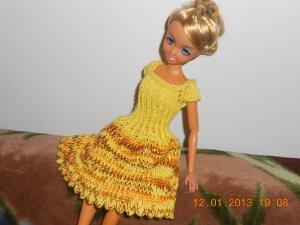 Вяжем своими руками платье