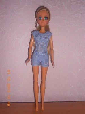 Миниатюрное вязание кукле